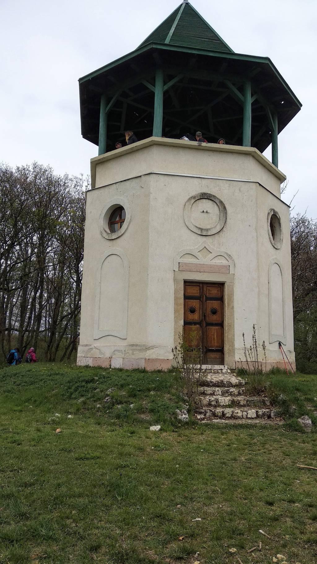 Csákvár -Esterhazy vadászkápolna